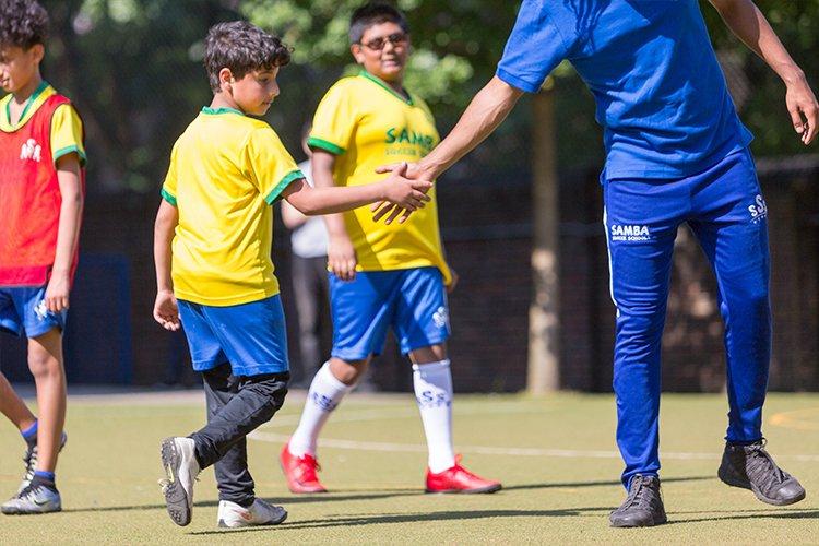 kids-football-coach