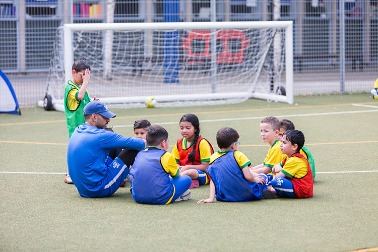 outdoor-football-classes