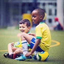 make friends in football